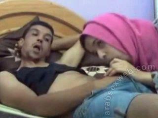 عربي bj في hijab في webcam-asw1077