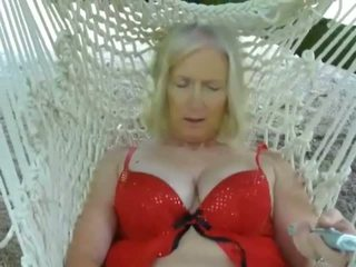 Slut Sue Sex Swing: Free Mature Porn Video fe