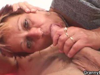 On fucks ju oholené starý pička