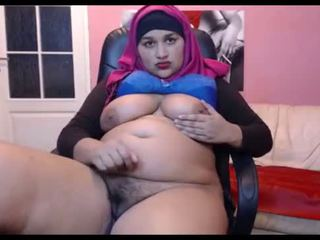 Arab Cute BBW On Cam