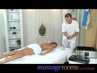 Masszázs rooms bevállalós anyuka legend silvia shows masseur hogyan hogy kap igazán trágár