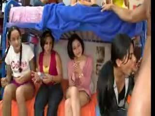 Asrama girls edan katelu