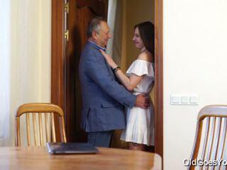 Teen Carol seduced by a man three times her age