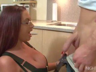 echt grote borsten porno, heet enorme tieten thumbnail, grote tieten seks