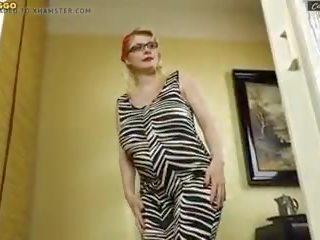 girla cu sâni mari întâlnire casual