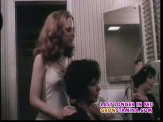 Desires dans jeune filles 1977 tous en part4