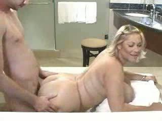 blowjobs, chubby, bathroom