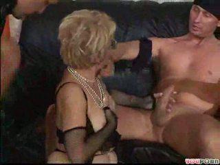 echt mmf, kijken oma seks, zien visnet