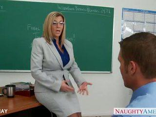 Milf leraar sara jay neuken student