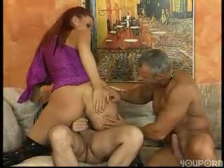 Mature threesome loves to make sandwiches