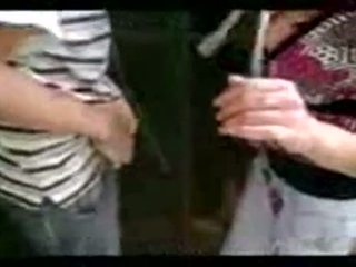 Warga argentina gadis hng menyeronokkan selepas kelas
