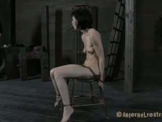 alle vastgebonden tube, een hd porn scène, slavernij thumbnail