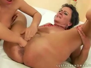 you old scene, watch lezzy film, hq lezzies thumbnail
