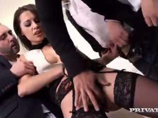 כיף שחרחורת כיף, גרון עמוק, סקס אנאלי חופשי