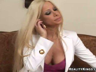 ideaal blondjes, online grote borsten mov, grote tieten