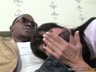 Horny Cougar Tara Holiday Enjoys BBC, HD Porn 39