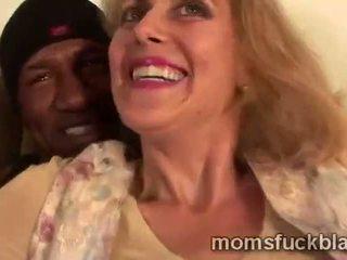 Black Mature porn