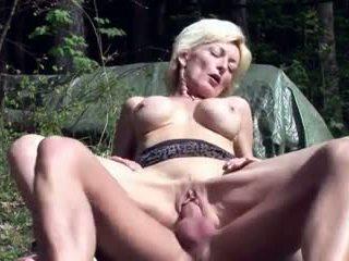 grote borsten, ideaal grannies neuken, hd porn