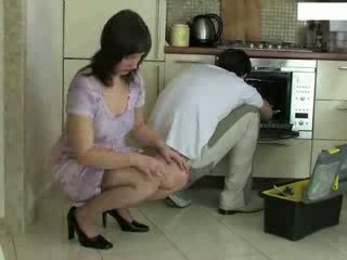 домакиня, repairman