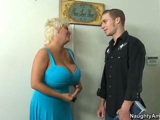 блондинки, големи цици, каубойка