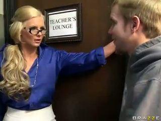 Blonde teacher like a anal sex