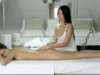 Silvie và addison massage mỗi pussies