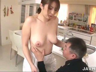 Veliko oprsje japonsko does boobjob