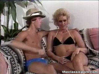 Specjalny seks przyjemność na retro dziewczyna