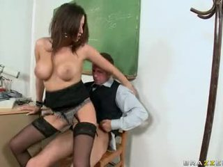 Sensual Jane Let A Hunk To Dude Cum On This Guyr Boobs
