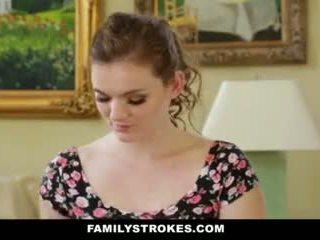 Familystrokes- step-sis obsessed met ouder broer