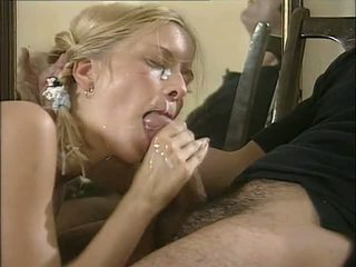 blondinės, oralinis, išlaikytas