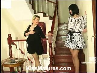 Felicia এবং ninon pussyloving মা onto vid