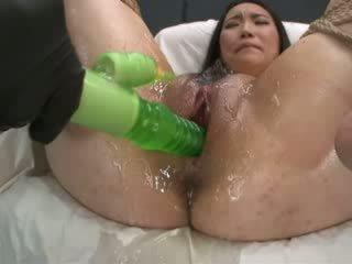 Itu besar green alat kemaluan wanita eater