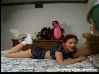 Stepdad in njegov hči