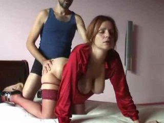 Ondeugend milf hardcore seks bij kerstmis video-
