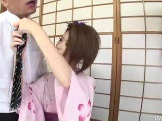 Rinka plays geisha og has henne fitte stuffed fullt