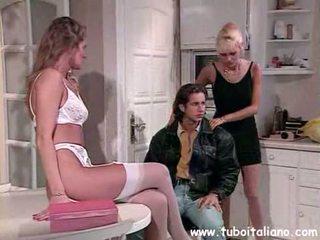 Italian Milf Glasses 3some Troia