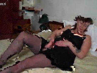 Malaki boobsmom may malaki toy video