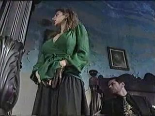 Seksuālā mazulīte uz klasika porno filma 1