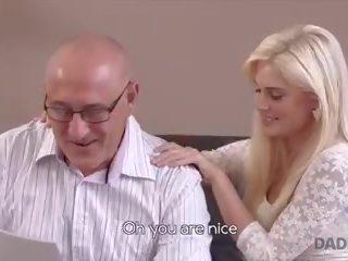Daddy4k sừng blondie wants đến thử người nào ít bit