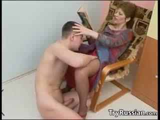Matura rus mamă fucks