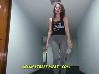 Buggered filipina para cima dela rectum