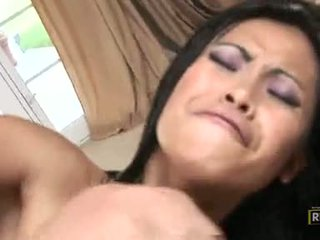 Priva goes neuken wild getting dp pounded met beefy dongs