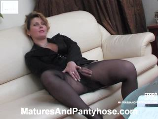 volwassen, mature amateur, flash stocking