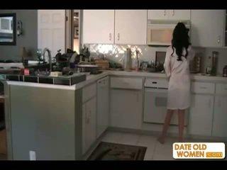 黑发, 妈妈, 厨房
