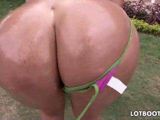 brunette, big boobs, outdoor