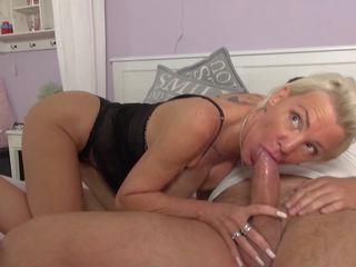 Sex Bomb Granny Fucks Younger Wanker, HD Porn 49