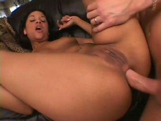 Sexually excited wench courtney devine spreads viņai briest pakaļa getting dzimumloceklis rammed tiesības augšup