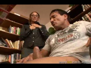 Seksi knjižnjičarka slammed s velika kurac v velika analno