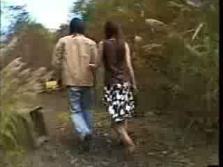 Έφηβος/η ιαπωνικό regrets taking ένα βόλτα (fantasy) βίντεο